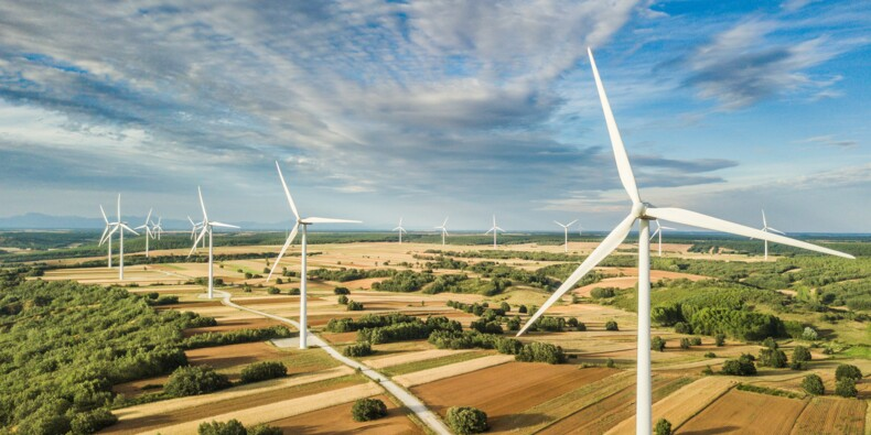 Dangereuses pour la santé, peu écolos… faut-il en finir avec les éoliennes ?