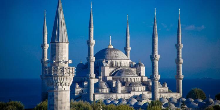 Turquie : la livre plonge, Erdogan renvoie le gouverneur de la banque centrale !