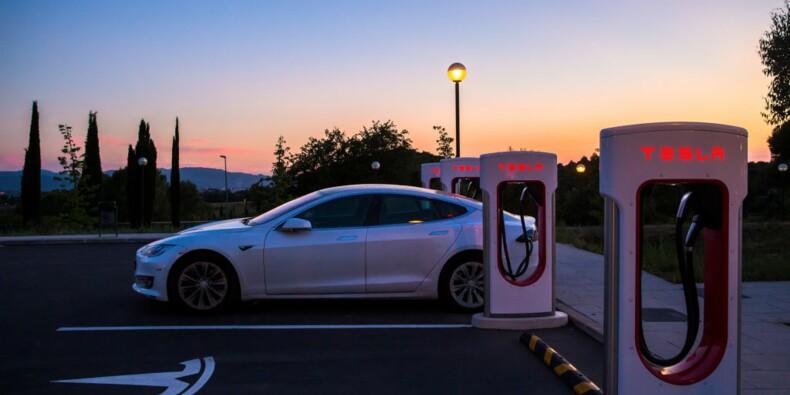 La nouvelle fonctionnalité parking de Tesla n'est pas au point