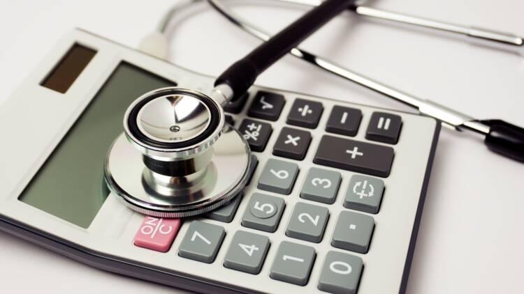 Trois médecins et deux kinés interpellés pour une fraude massive à l'assurance maladie
