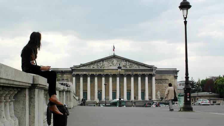 Les députés ont-ils besoin de 1.200 euros pour loger à Paris ? On a vérifié
