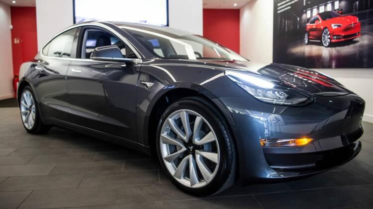 Tesla dévoile les images d'un crash-test de sa Model 3