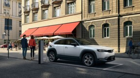 Mazda MX-30 : un SUV électrique équipé de portes antagonistes