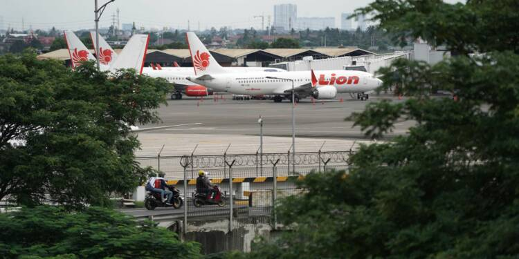737 MAX : le crash de Lion Air lié à des défauts de conception et de certification
