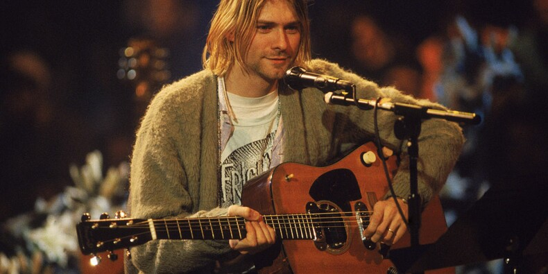 Le gilet encore sale de Kurt Cobain s'arrache à plus de 300.000 dollars