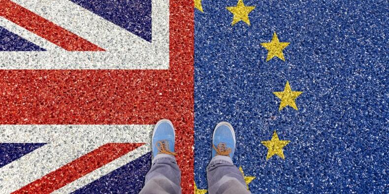 """Brexit : Bruxelles dénonce """"un trou béant sur les sujets centraux"""", risque de no deal"""