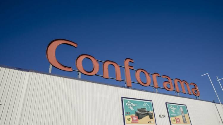 Des salariés attaquent en justice la maison-mère de Conforama