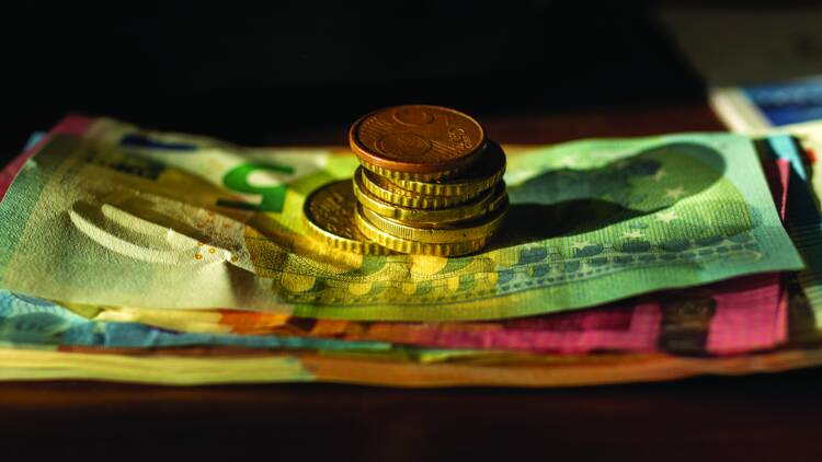 """24 départements demandent la """"généralisation dès aujourd'hui"""" du revenu de base"""