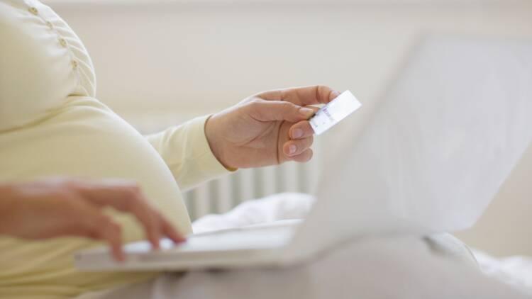 Crédit immobilier : dois-je déclarer ma grossesse avant de souscrire ?
