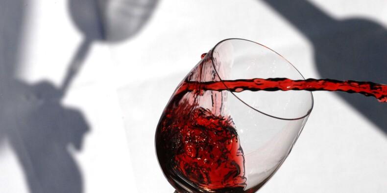 Les ventes des vins de Bordeaux continuent de baisser