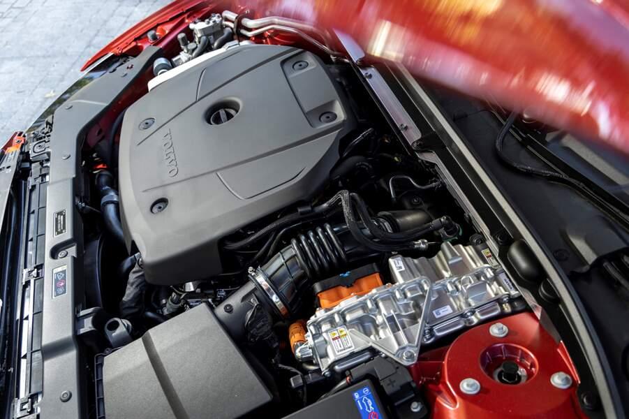 Fiche technique Volvo S60 T8 Twin Engine