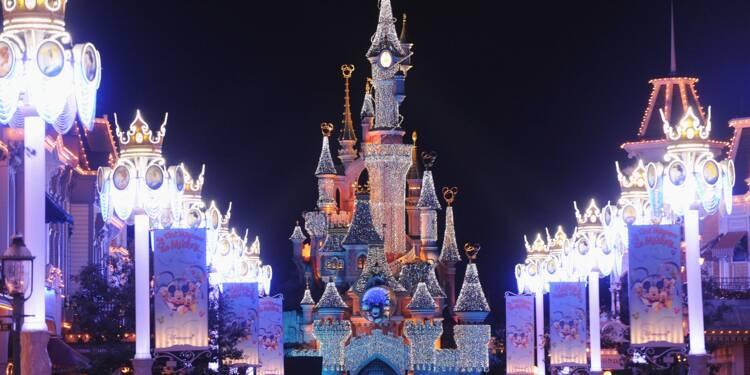 Disneyland Paris divise la prime de Noël par deux