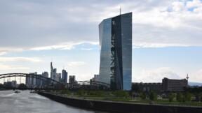 La faiblesse des taux d'intérêt risque de provoquer un choc, avertit la BCE