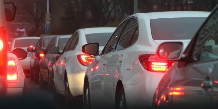 Automobile : l'entrée en vigueur du malus renforcé fait chuter le marché