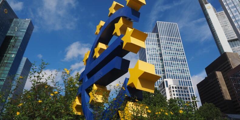 """Croissance : """"après l'industrie, les services risquent de flancher en zone euro !"""""""