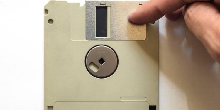 À combien va s'arracher la disquette collector signée par Steve Jobs ?