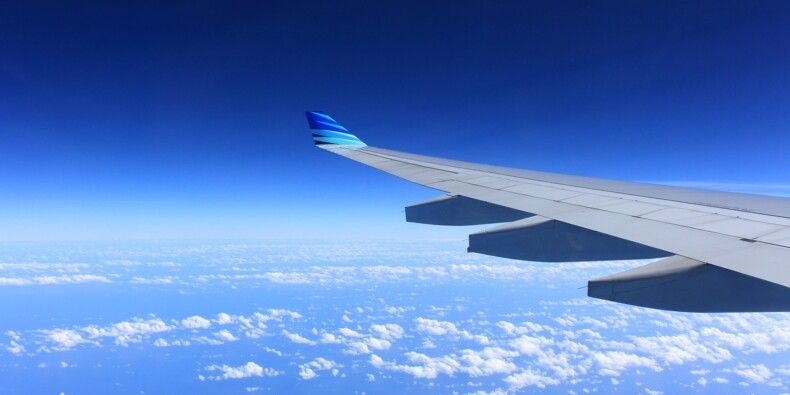 Covid-19 : la majorité des incidents en avion dus au port du masque