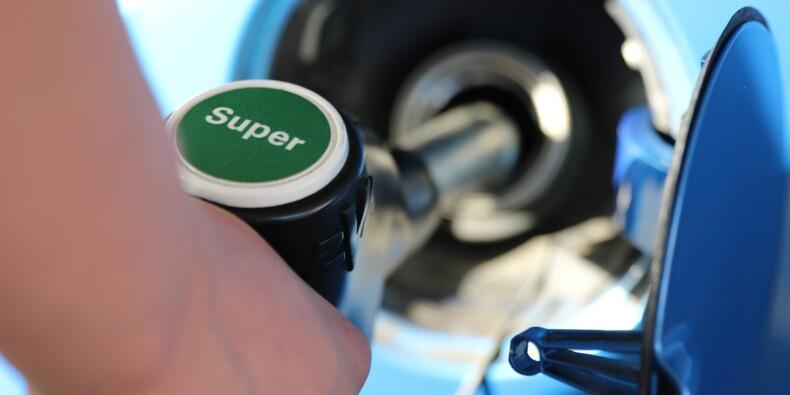 Le gouvernement cherche à rassurer sur la pénurie d'essence
