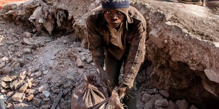 Tesla, Apple ou Google mis en cause dans la mort d'enfants dans des mines
