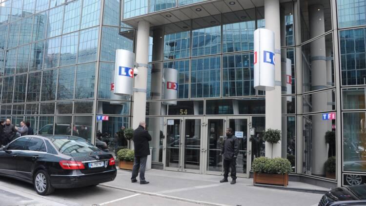 """Profs payés 3.850 euros par mois"" : le CSA recadre LCI"