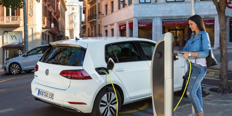 Les fortes chaleurs favorisent l'usure des batteries des voitures électriques