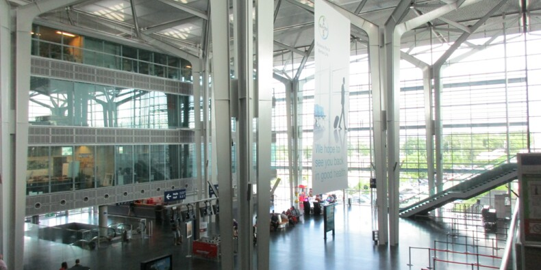 Grand Est : faut-il fermer un des quatre aéroports de la région ?