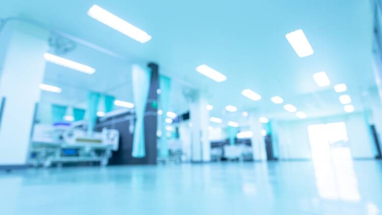 Polémique au sein de l'hôpital de Neuilly-sur-Seine : accusée de détournement de fonds publics, la direction se défend