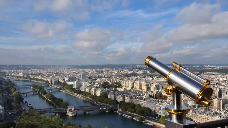 Elisabeth Borne conseille de passer ses vacances en France cet été