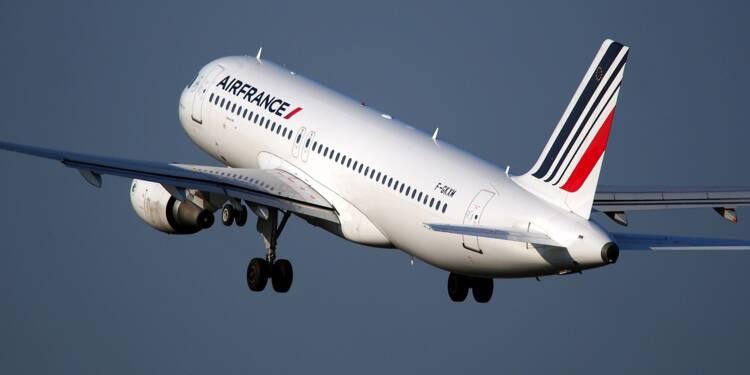 Des passagers d'un vol Paris-Nice refusent de porter le masque, la police les attend à l'arrivée