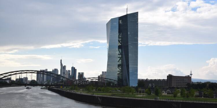 Taux d'intérêt : les banques centrales à court de munitions en cas de crise ?
