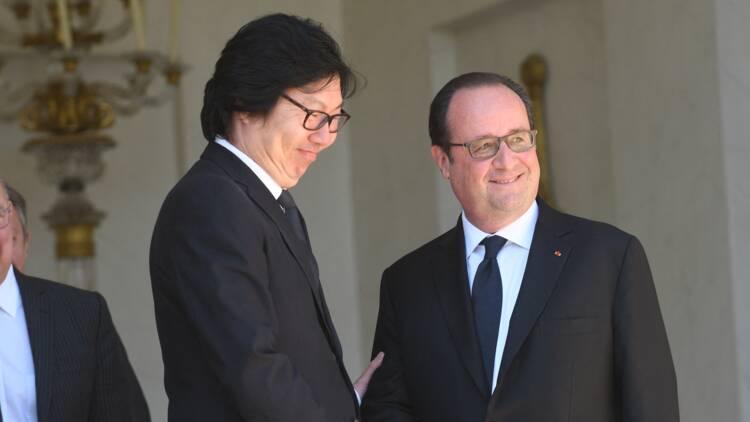 L'ex-ministre Jean-Vincent Placé suspendu de l'ordre national du mérite