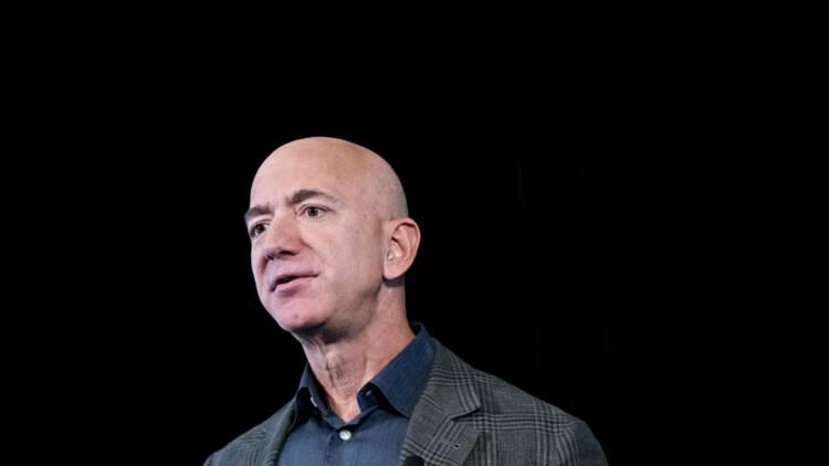 Jeff Bezos accusé de ne pas avoir assez donné à l'Australie