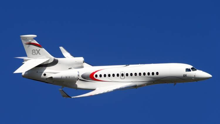 Défense : la France commande des avions de renseignement à Dassault Aviation et Thales