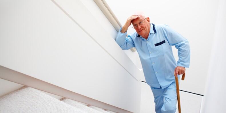 À Marseille, les ascenseurs de l'hôpital de la Timone en panne depuis 1 mois !