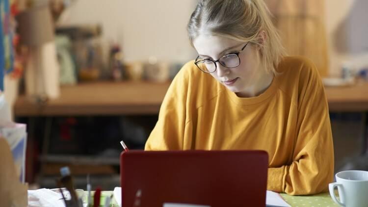 Demande de bourse étudiante : top départ pour la rentrée 2020/2021, voici comment procéder