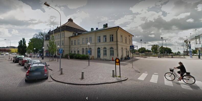 Suède : une gare diffuse des images pornographiques à la place des horaires de train