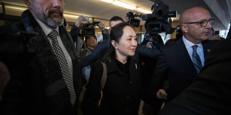 Des figurants payés 100 dollars pour manifester leur soutien à la directrice de Huawei