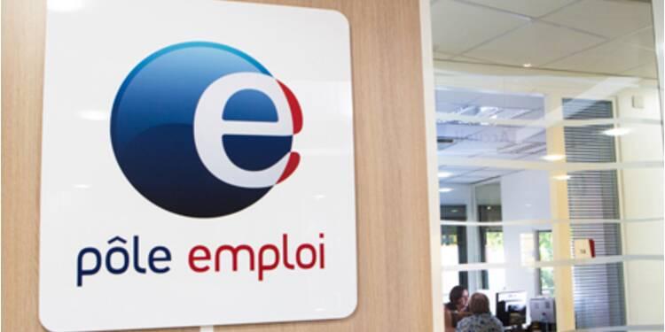 Chômage : le nombre d'inscrits à Pôle emploi baisse pour la première fois depuis mars