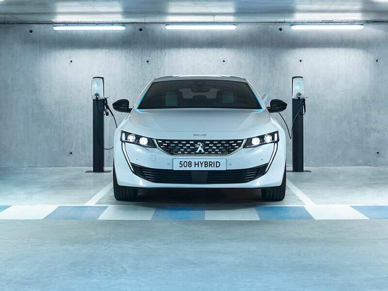 Peugeot 508 Hybrid : un hit qui innove pour durer