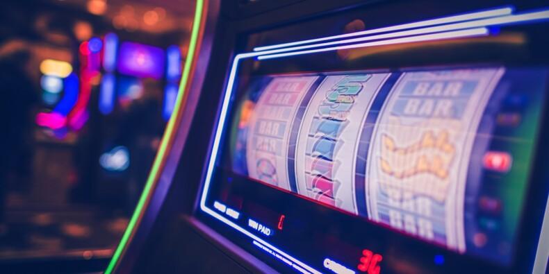 Elle mise 50 centimes au casino et repart avec le jackpot