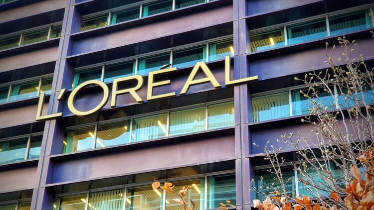L'Oréal profite du boom du luxe, le maquillage en berne