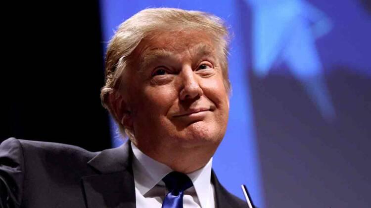 Donald Trump veut offrir pour 200 dollars de médicaments aux seniors juste avant l'élection présidentielle