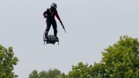 """La """"voiture volante"""" de Franky Zapata prête à décoller ?"""