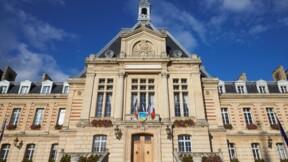 La ville d'Évreux a-t-elle financé des travaux dans l'entreprise de la compagne du maire ?