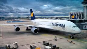 Lufthansa pourrait réduire de moitié ses capacités de vol en raison du coronavirus