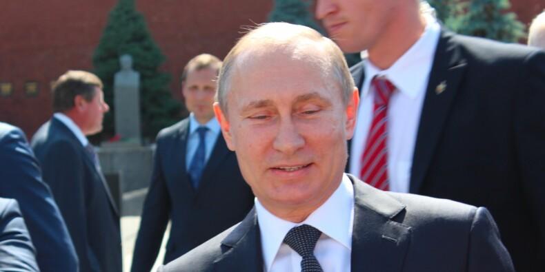 Gaz : Poutine donne le coup d'envoi d'une usine géante vers la Chine