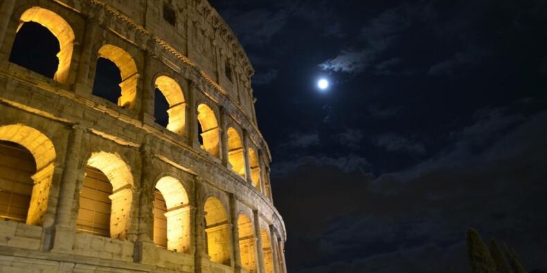 Le taux d'intérêt de la dette de l'Italie s'envole, la BCE cherche à rassurer