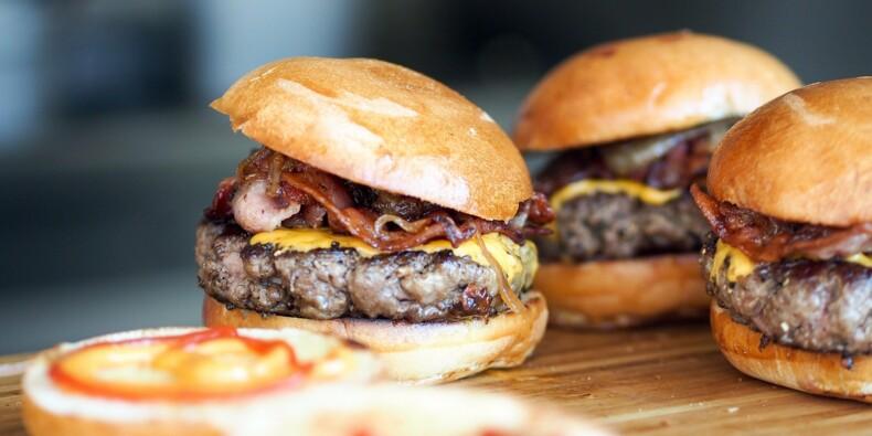 Jusqu'où le burger va-t-il envahir nos restaurants ?