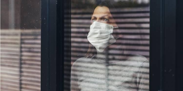 En Pologne, les contaminés doivent envoyer un selfie pour prouver qu'ils sont chez eux
