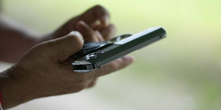 Les Américains achètent des armes à tour de bras, craintes d'émeutes